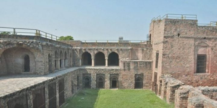 Firoz Shah Complex - Gujri Mahal - tourist palaces in hisar